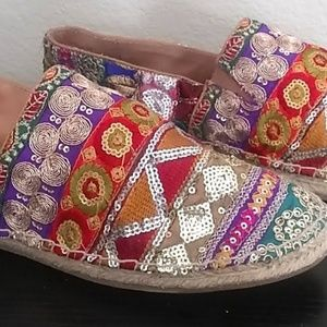 Sequence Indian style Steve Madden shoes